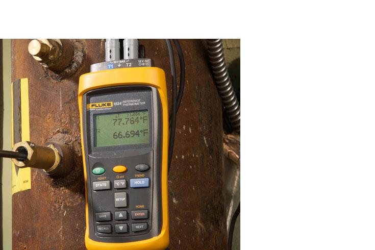 1524 Precision Thermometer