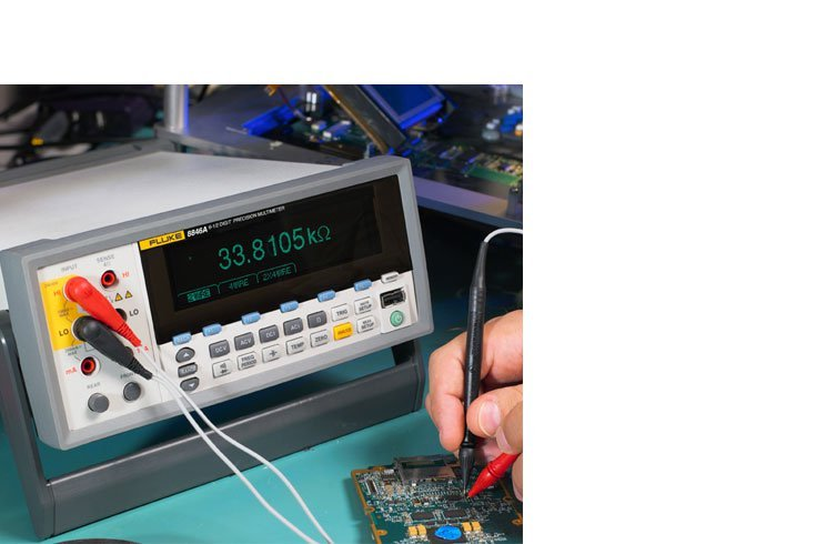 8846 Precision Multimeter